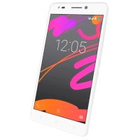Смартфон BQ Aquaris M5.5 32GB 3GB RAM White