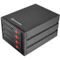 Контейнер для жесткого диска Thermaltake Max 3504