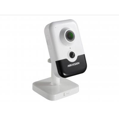 IP видеокамера HikVision DS-2CD2423G0-I-4MM